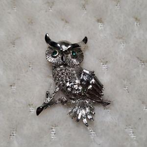 Monet owl brooch